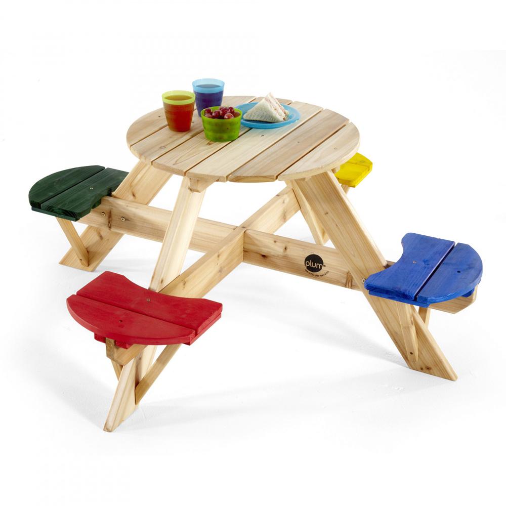Τραπέζι με τέσσερα καθίσματα